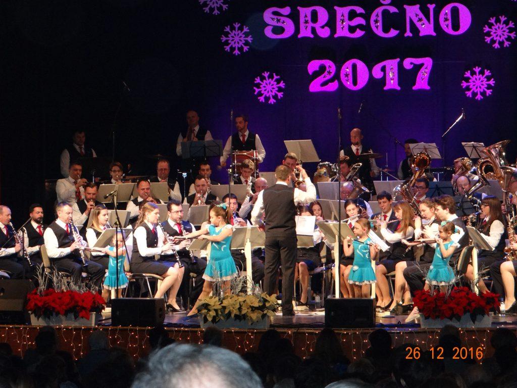 Božično-novoletna koncerta Mengeške godbe 2016